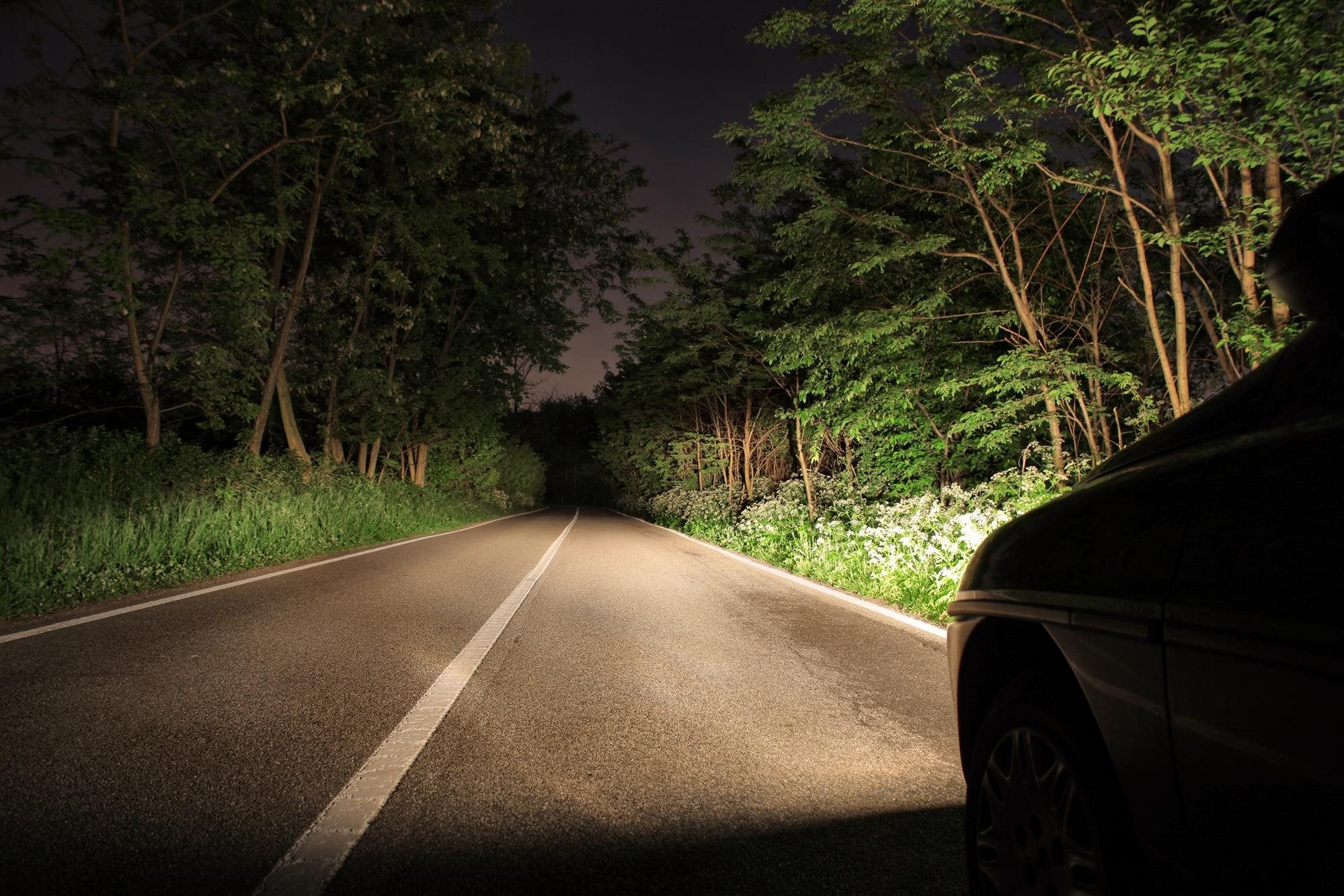 Driving After Dark? Here Are 6 Safety Tips